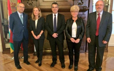 Visita del Director General Acción Exterior, Giorgio Cerina y la Directora oficina de La Rioja en Bruselas, Marta Romo.