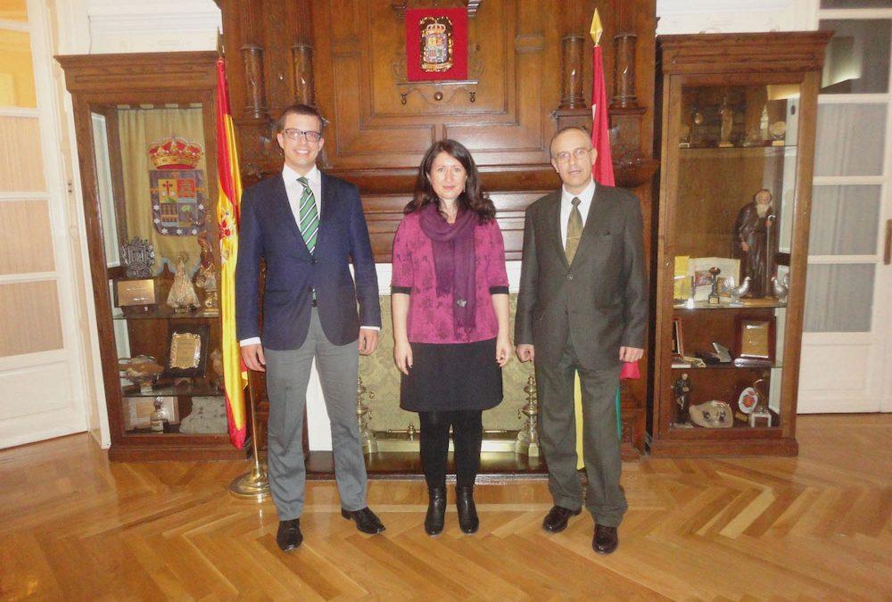 Visita de  la Ministra Consejera de la Embajada de Bosnia Herzegovina, Dña. Jordana Milosevic.