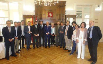 Visita de José Ignacio Ceniceros, Presidente de La Rioja, al Centro Riojano de Madrid.
