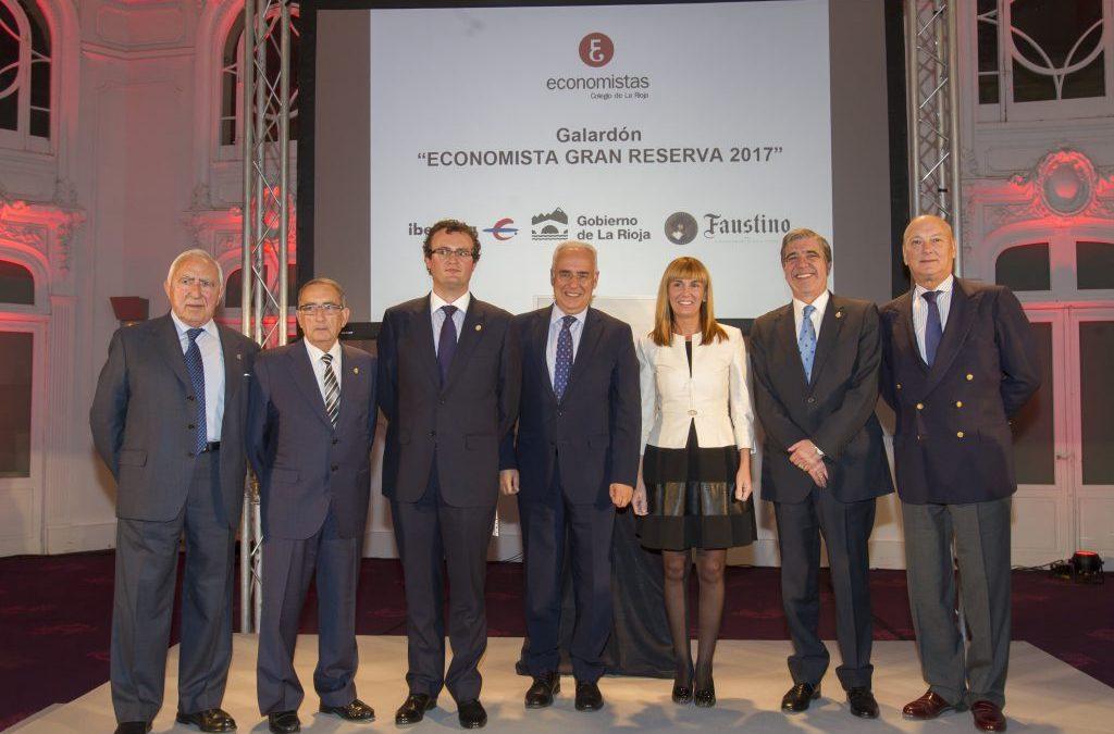 D. Pedro López Arriba asiste a la IV edición del Premio Economista Gran Reserva
